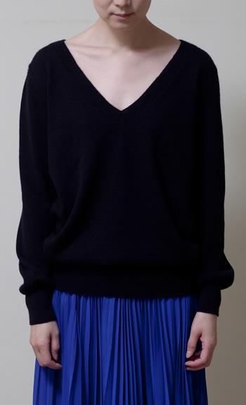 V-neck100% cashmere / white, black, gray