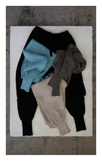 knit pants / Cashmere / black, gray, beige,mix / 48,000 yen
