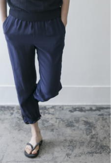 shirring pants Silk/navy,black,white/31,000yen
