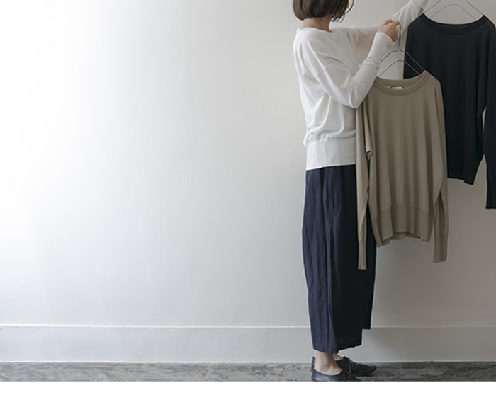 cotton pullover Cotton/white,beige,navy/30,000yen wide pants Cotton/Linen/navy,white//30,000yen