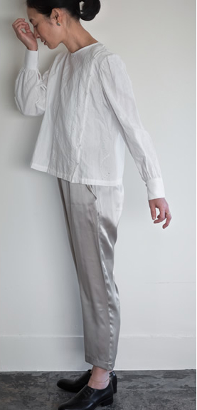 shisyu blouse / silk satin pants