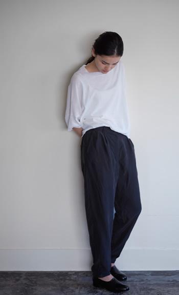 crew neck knit / double length pants