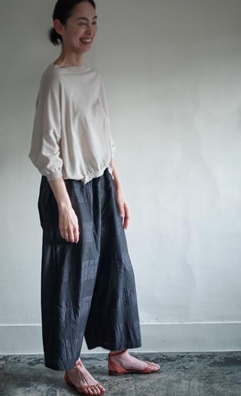 boat neck knit / wide pants